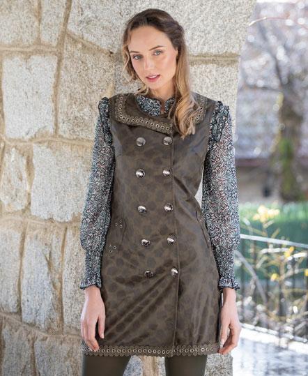 Vestido pichi de Akinolaude