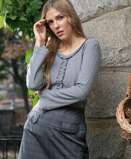 Jersey fino gris de Akinolaude