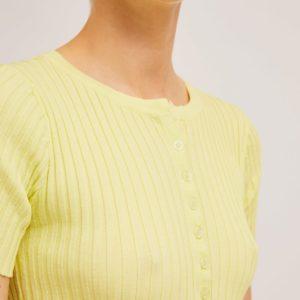 Chaqueta de punto amarilla