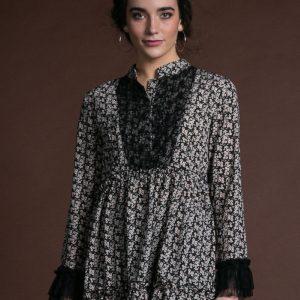 Vestido Eleanor negro de Akinolaude